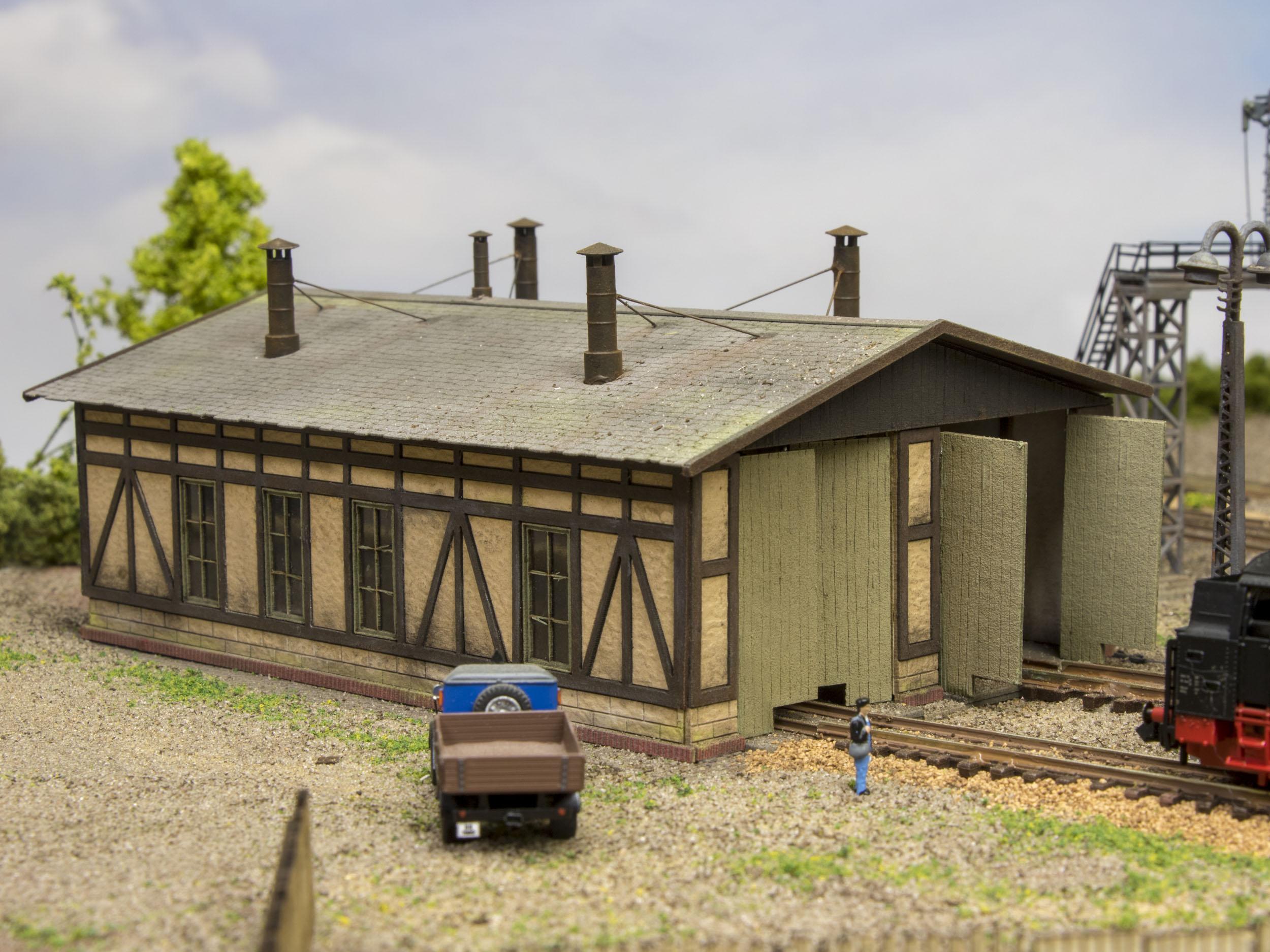 Hangar En Kit Bois hangar de locomotive à ossature bois avec 2 supports